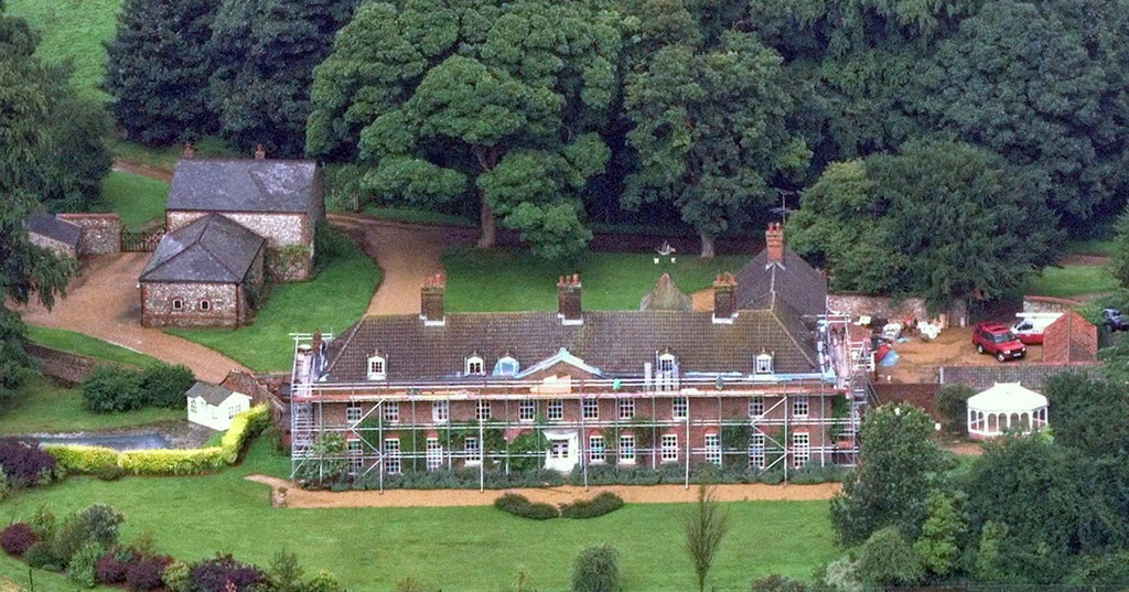 Kate Middletons Parents New House