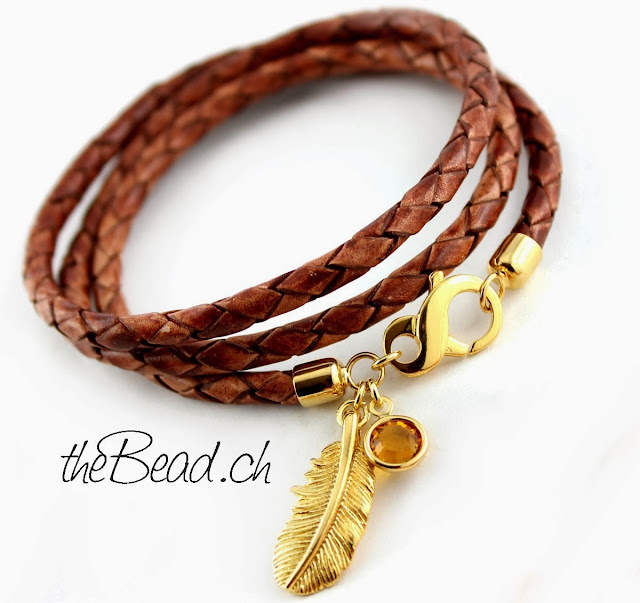 http://www.thebead.ch/product_info.php?info=p303_damen-lederarmband-gold-feather-vintage.html