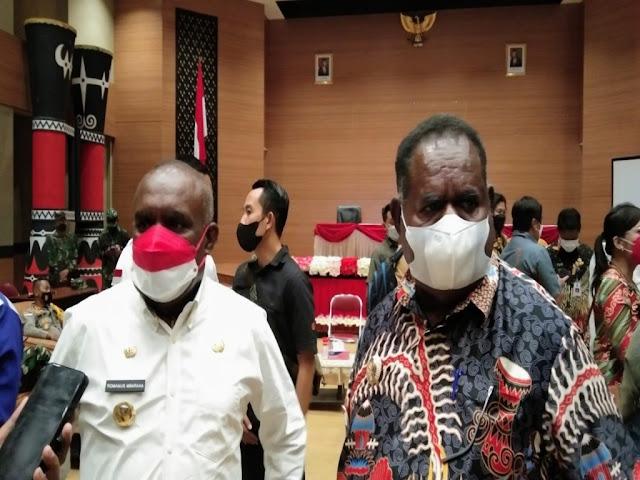 Romanus Mbaraka dan Elisa Kambu Siap Sambut Jokowi di Merauke.lelemuku.com.jpg