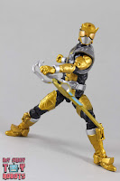 Lightning Collection Beast Morphers Gold Ranger 30