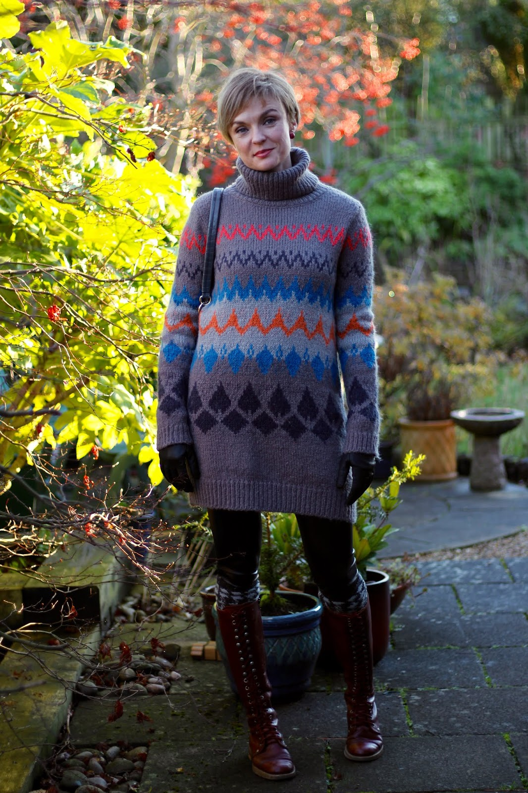 Chunky jumper and vinyl leggings | Warm Winter Outfit | Fake Fabulous