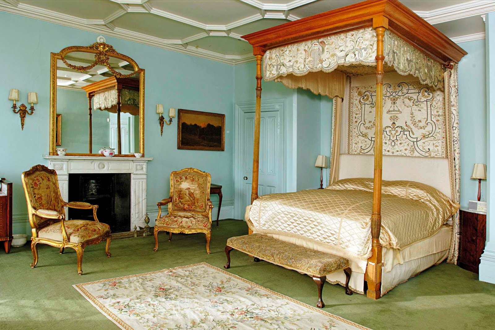 Lady Edith S Bedroom At Downton Abbey