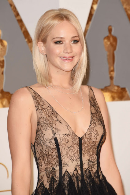 Jennifer Lawrence – 2016 Academy Awards in Hollywood