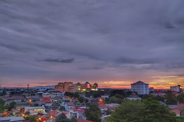 Sunset dari Solo Mall Paragon