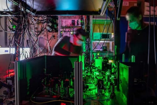 A quantum network with multiple nodes paves the way for the quantum internet