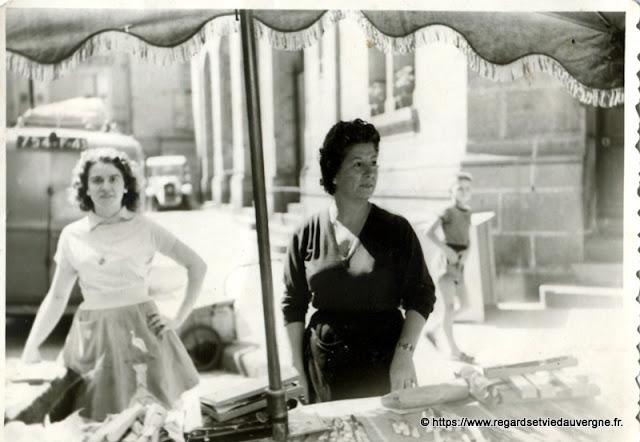 ancienne photo de marchandes, Le Puy 43.