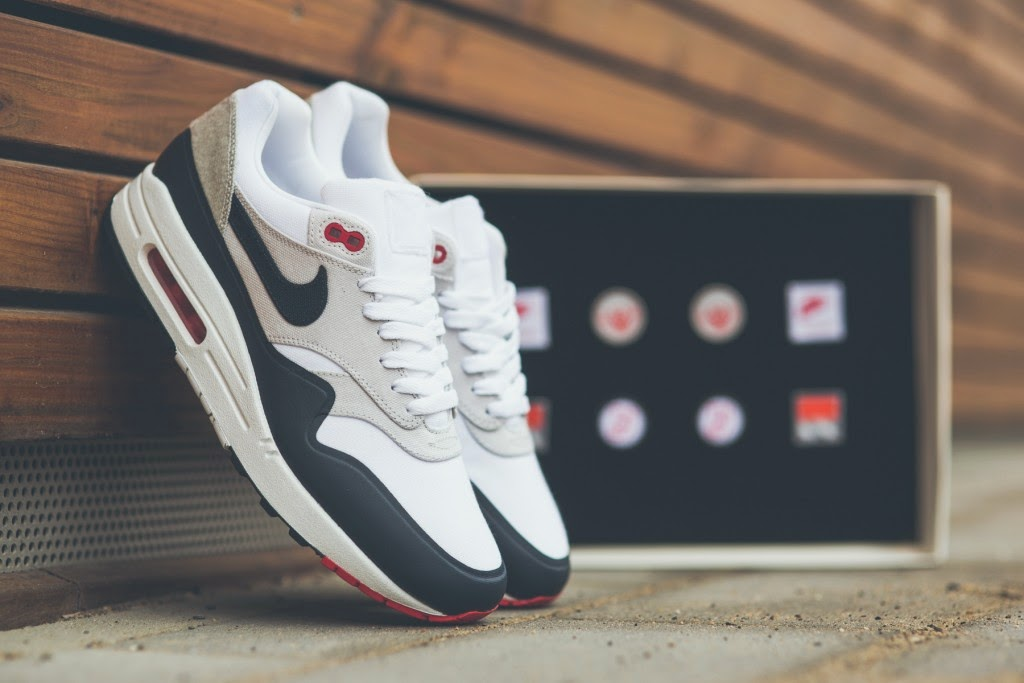 timeless design f7958 50d19 Nike has again revisited the Nike Air Max 1 with its concept of patches,  opting for a range of patriotic colors.