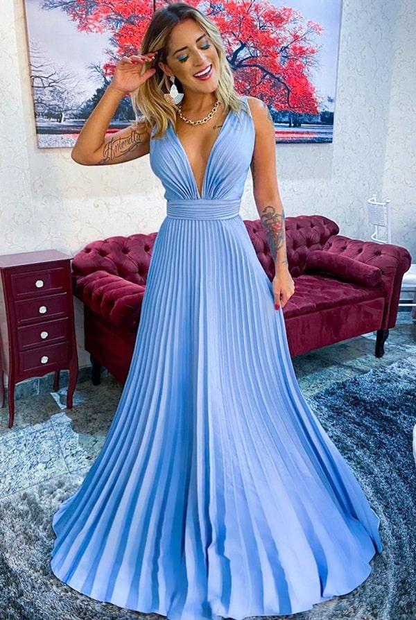 vestido longo azul claro plissado para madrinha de casamento