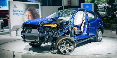 Why was the Honda car smashed at the New York 2019 show?