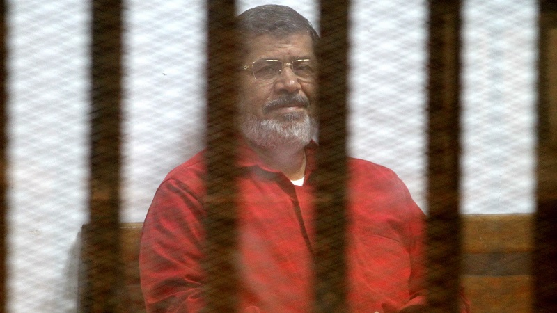 Deposed President of Egypt Muhammad Mursi dies of heart arrest