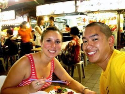 Street food in Singapore1