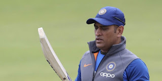 time-to-take-dissision-on-dhoni-ganguli