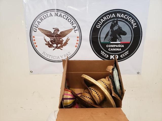 INCAUTA GUARDIA NACIONAL ALREDEDOR DE 950 PASTILLAS DE APARENTE FENTANILO ENTRE SOMBREROS ARTESANALES
