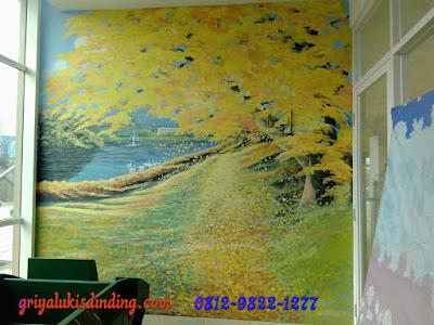 Mural lukis dinding tema bunga senja gugur