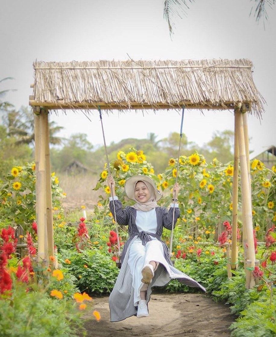 Spo Foto Taman Bunga Romatic Garden Bantul
