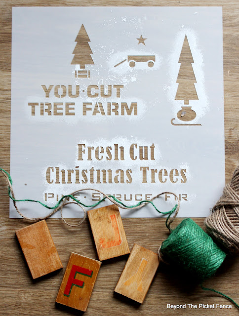 Old Sign Stencils Mini Christmas Trees