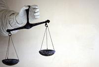 Pengertian Hukum, Unsur, Sumber, Tujuan, Macam, Bidang, dan Sistem Hukum