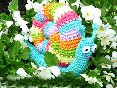 amigurumi crochet snail