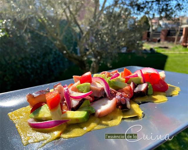 Amanida Pop Vinagreta Llima; amanida Primavera, amanida facil, ensalada facil, pulpo, l'essència de la cuina; home made, cuina casolana; calaf