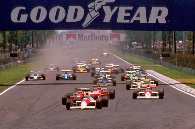 Largada do GP do México de 1989, no circuito Hermanos Rodríguez - Foto: Getty Images