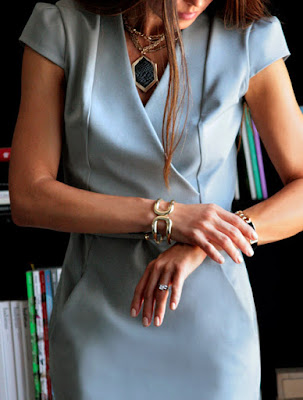 style-jewellery-right-in-office