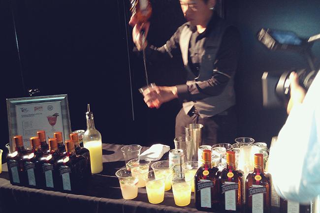 汪俐伶同名品牌WANG LI LING 2016秋冬系列「觀水The Gestures of Water 」