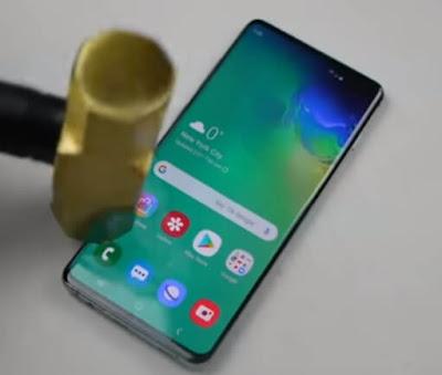 10 Smartphone Triple Camera Terbaik pada tahun 2019.