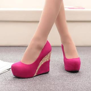 Model Sepatu Wedges Wanita Terbaru