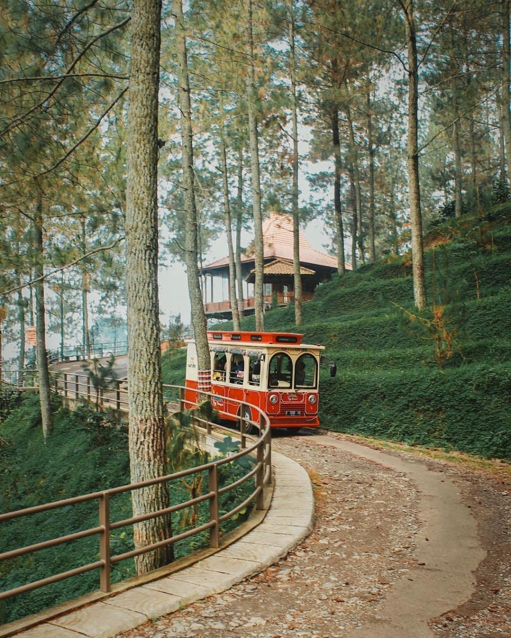 wisata bandung populer dago dream park