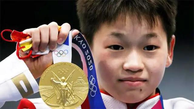 لم يتجاوز عمرها 14 سنة وفازت بميدالية ذهبية في أولمبياد طوكيو