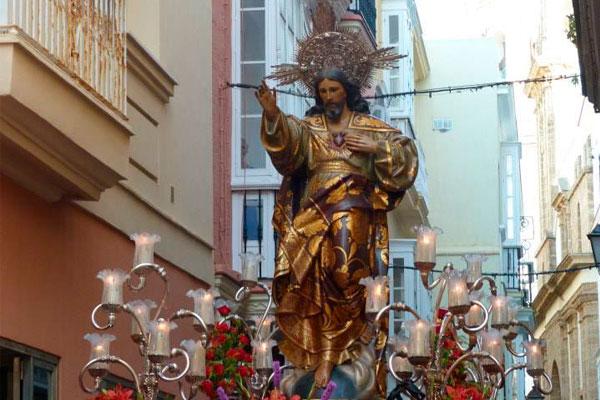 Horario y recorrido de la procesión del Sagrado Corazón de Jesús en Cádiz esta tarde