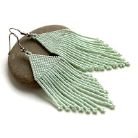 оригинальные серьги купить мятные серьги из бисера изделия из бисера купить цена