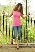 Aarthi glamorous photo gallery-thumbnail-13