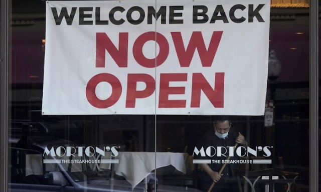 Americans Jobless Claims Rise to 719,000 as Lockdowns Still Force Layoffs