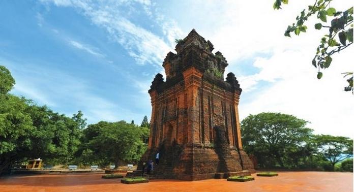 Dịch vụ du lịch Phú Yên - Tháp Nhạn
