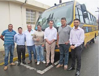 Miracatu recebe novo ônibus escolar adaptado para cadeirantes