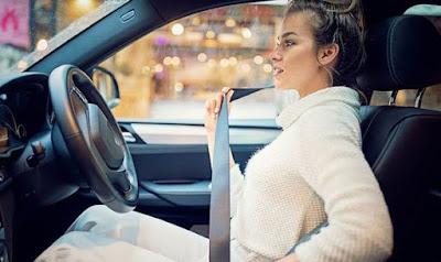 mengapa harus menggunakan seat belt saat berkendara