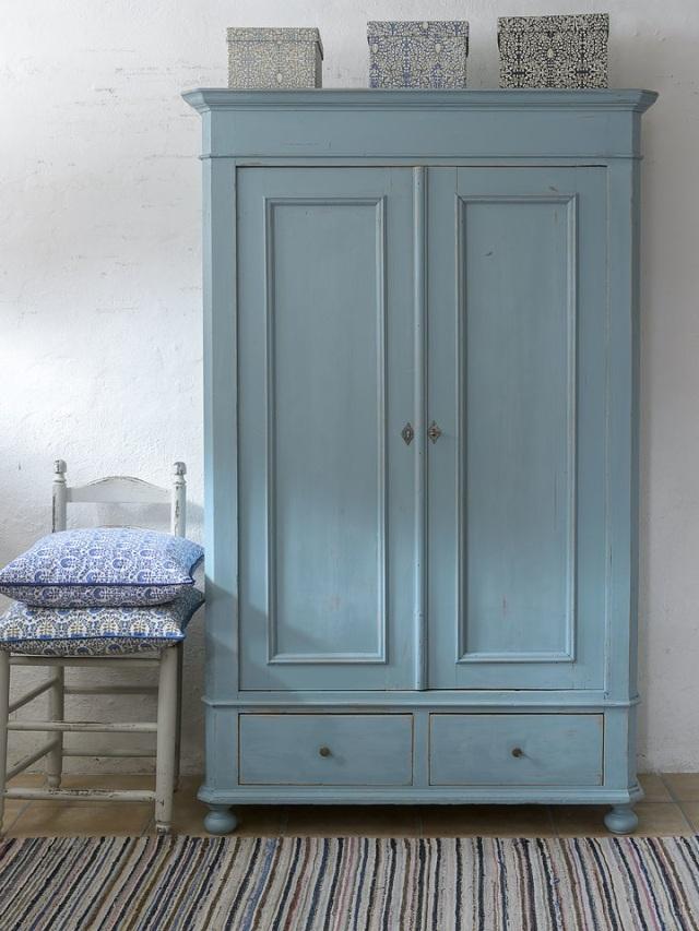 Dipingere mobili e rinnovare la tua casa