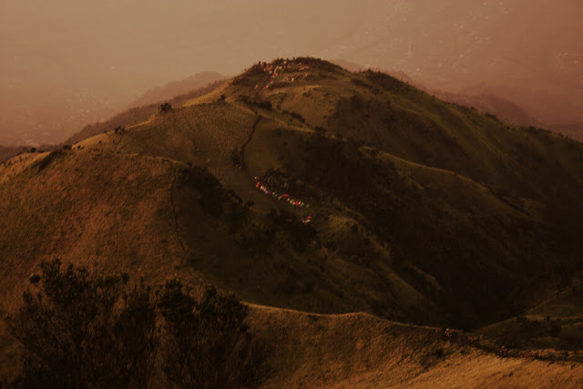 puncak gunung merbabu