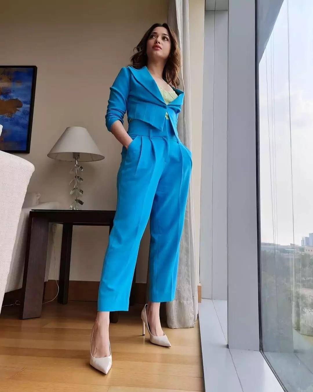 tamannaah-bhatia-in-blue-outfit