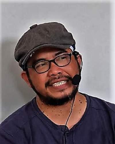 Aroma Tubuh Sendiri dan Minyak Wangi Para Kyai - Hasan ...