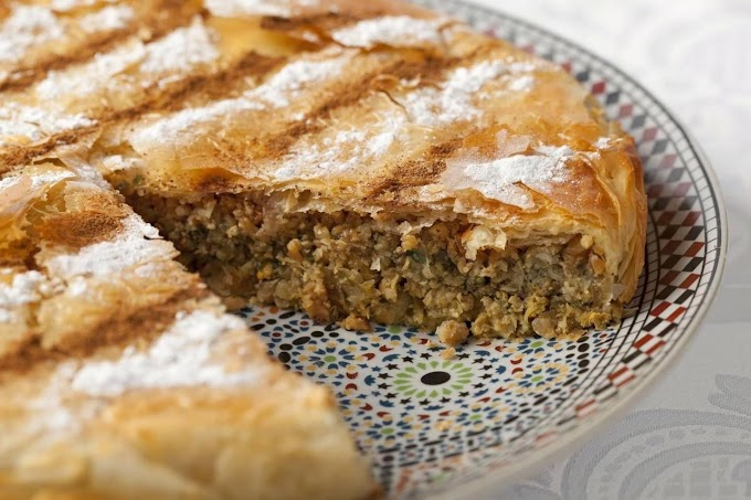 Moroccan Pastilla with chicken and almonds