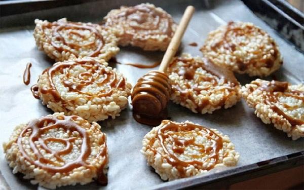 Bánh Khao Taen