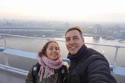 pareja mibauldeblogs en mirador torre adam