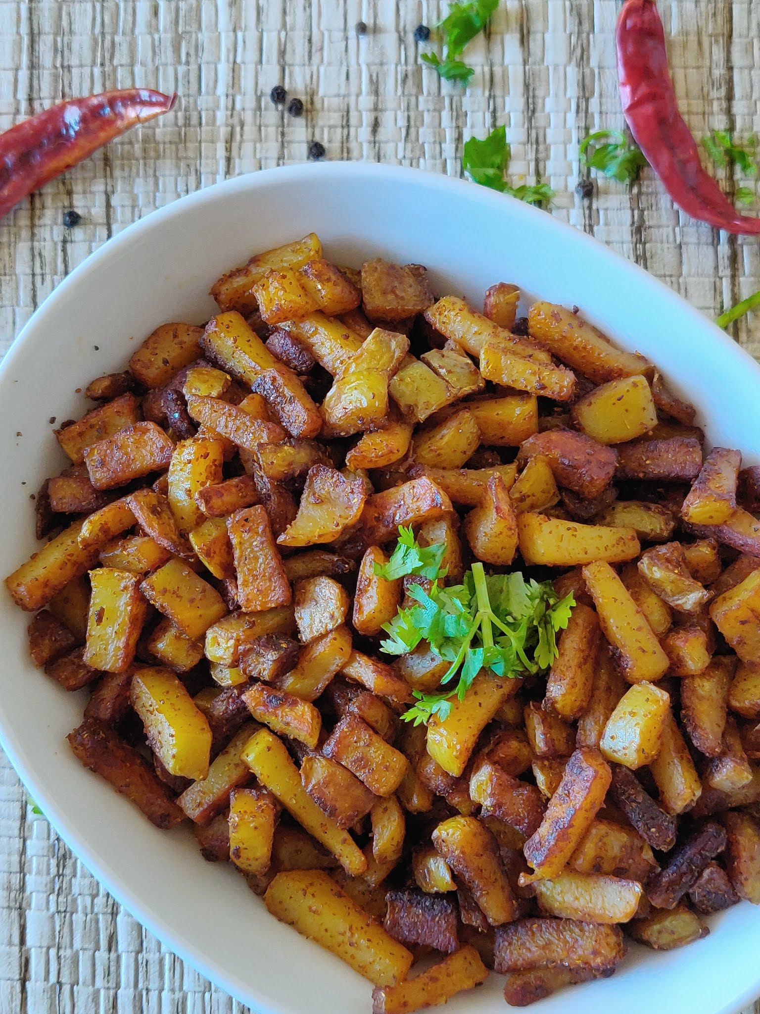 Potato Fry Recipe | Urulaikizhangu Varuval | Potato Varuval