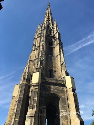 Saint-Michel campanario