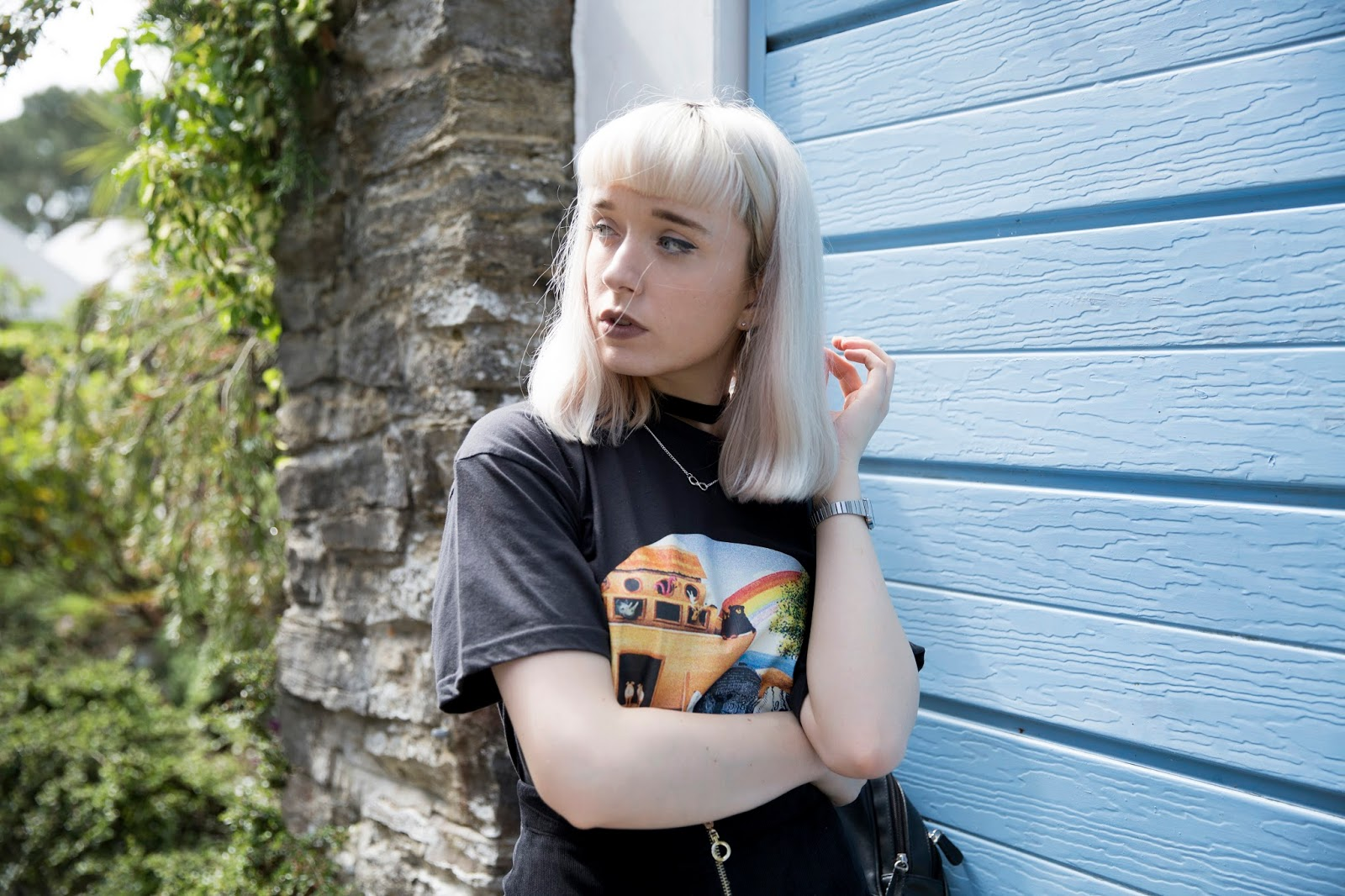 how-to-wear-graphic-t-shirt