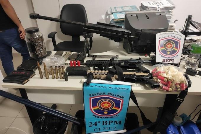 Assaltante de banco procurado pela justiça é preso com arsenal de arma na cidade de Taquaritinga do Norte