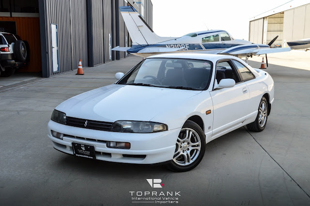 USA legal 25 year old R33 GTS-t