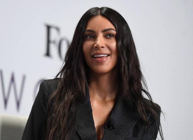 Kim Kardashian Pledged To Give 500, 000 Dollars To 1000 People